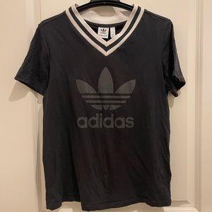 ✨Host Pick✨ Adidas Originals V neck Tee